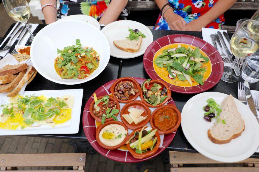 Aangenaam Haarlem biologisch restaurant vegetarisch uit eten puuruiteten