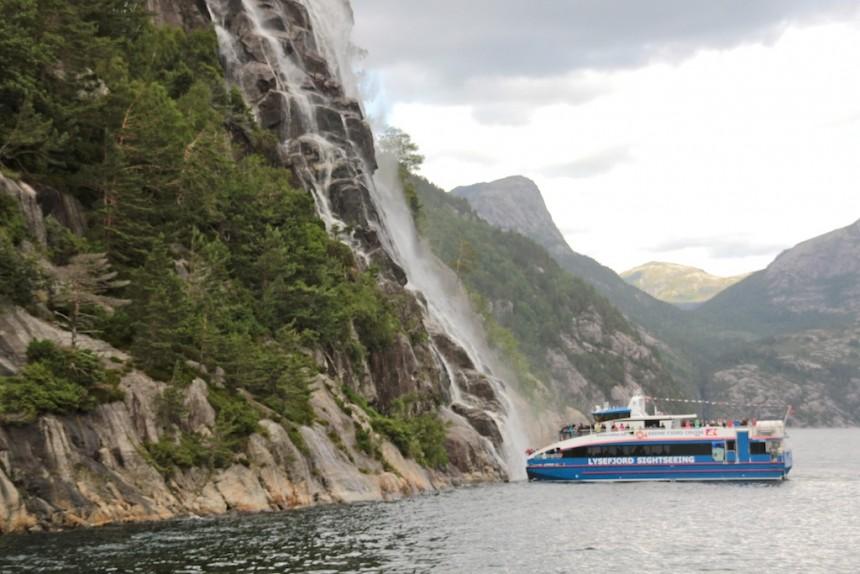 Fjord cruise Stavanger Preikestolen