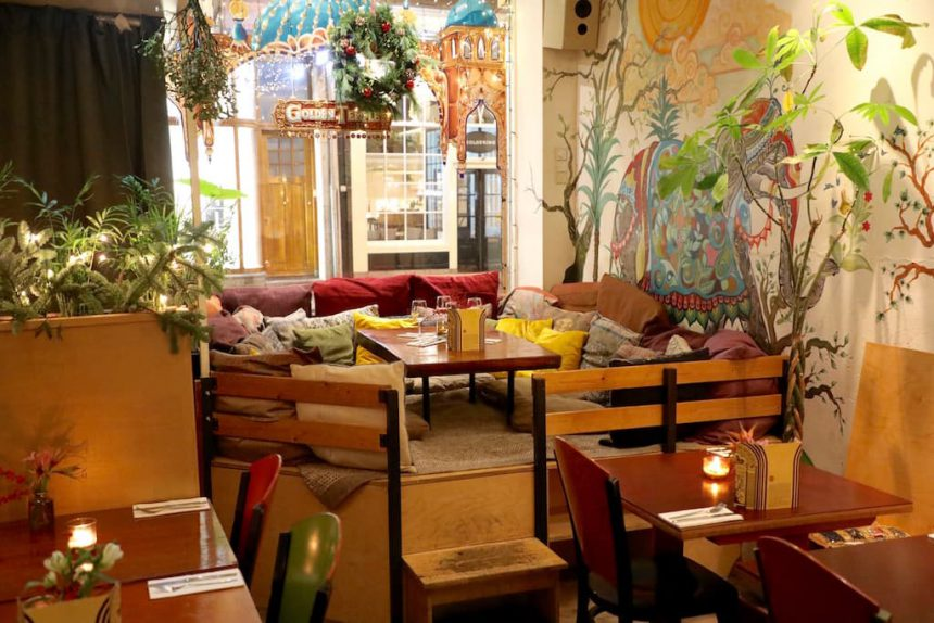 Vegetarisch vegan restaurant Amsterdam Golden Temple