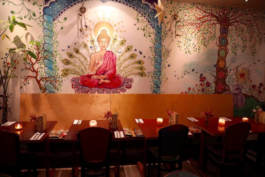 Golden Temple Amsterdam vegan vegetarisch restaurant