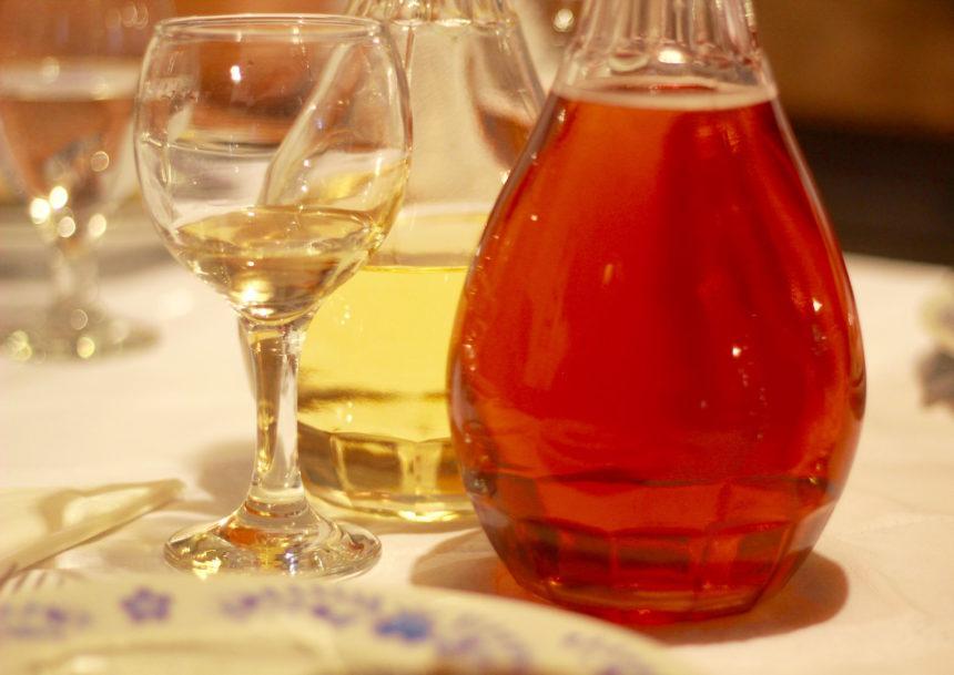 Tuba Tanya Poesta Hongarije wijn Hongaarse wijn ecologisch biologisch restaurant