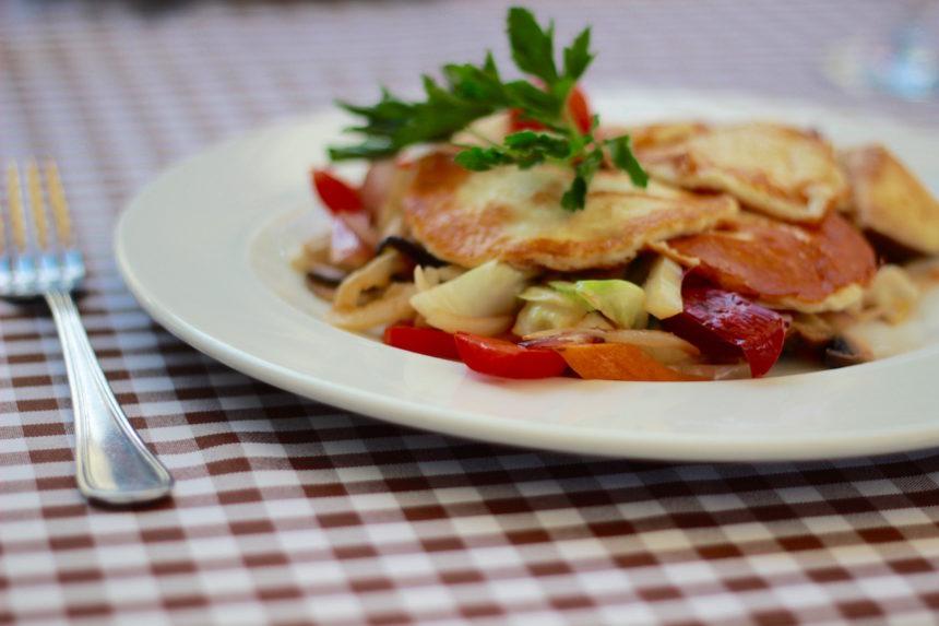 Vegetarisch gerecht Debrecen Hongarije vegetariër vegetariërs op reis vakantie