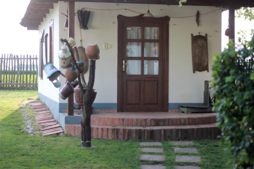 Tuba Tanya ecologisch boerderij restaurant poesta vakantie Hongarije debrecen overnachten