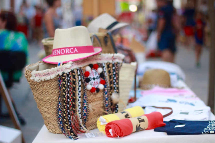 Markt Es Mercadal Menorca souvenir reizen
