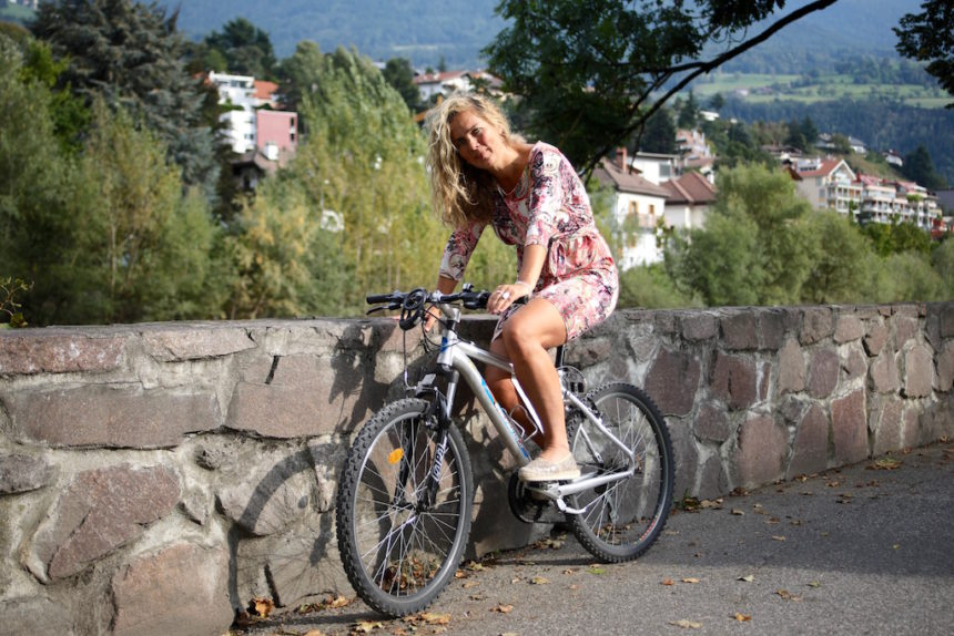 Jeannette van Mullem in Zuid-Tirol Brixen Bressanone fiets