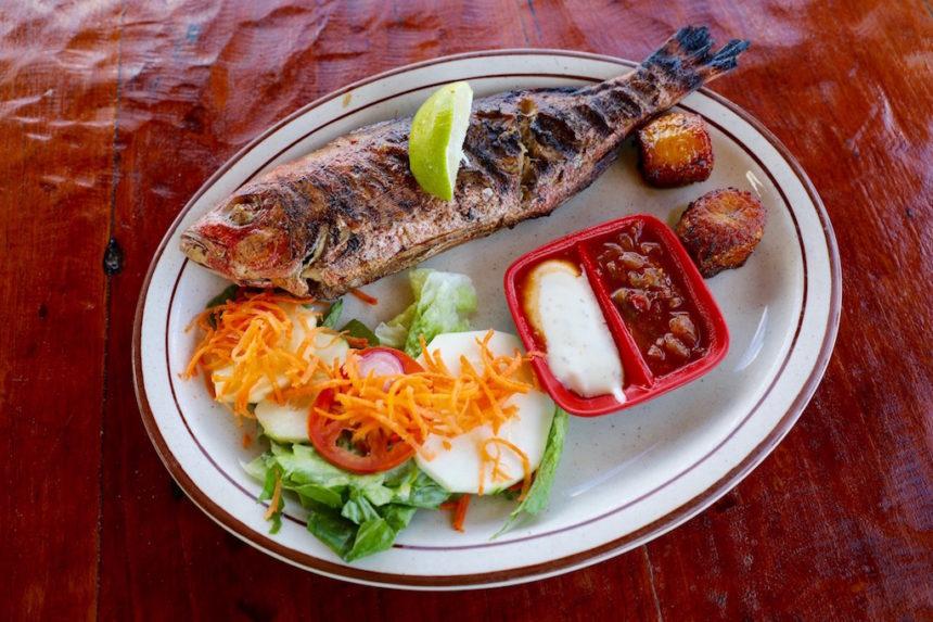 Boca Prins Bar Restaurant Aruba restaurants Aruba red snapper lokale vis