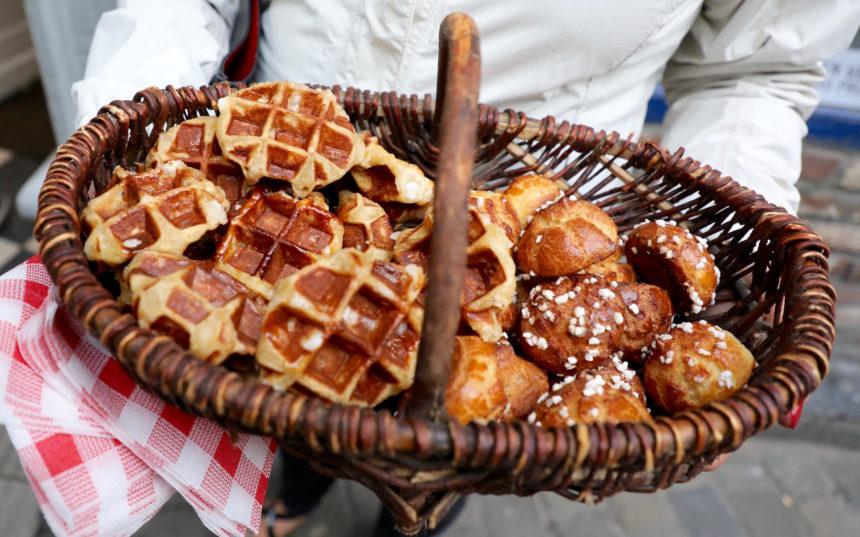 Luikse wafels Une Gauffrette Saperlipopette puur uit eten wat te doen in luik luikse wafel