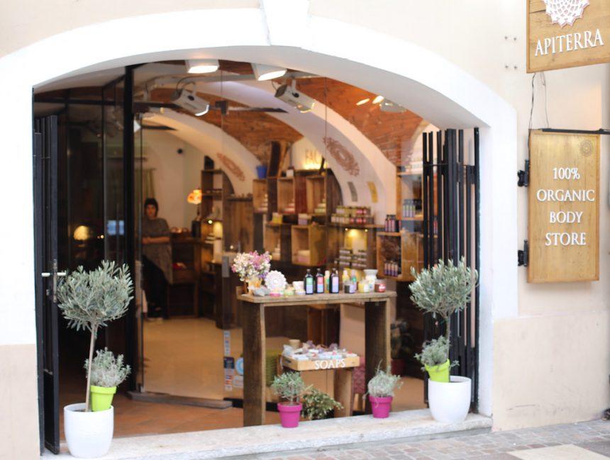 Apiterra organic store Zagreb