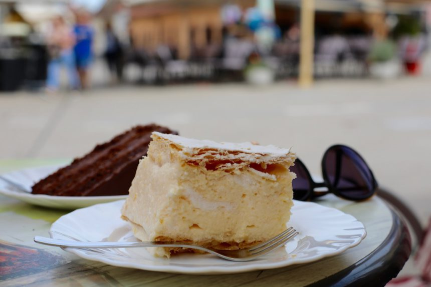 Kremsnite Samobor tompouce kroatie specialiteit eten gebak