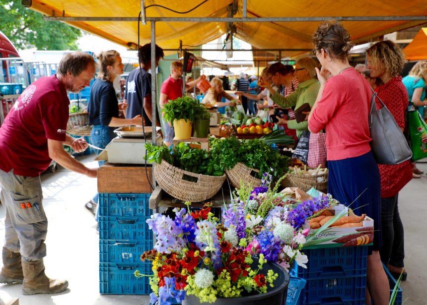 Stadsboerderij Almere biologische markt
