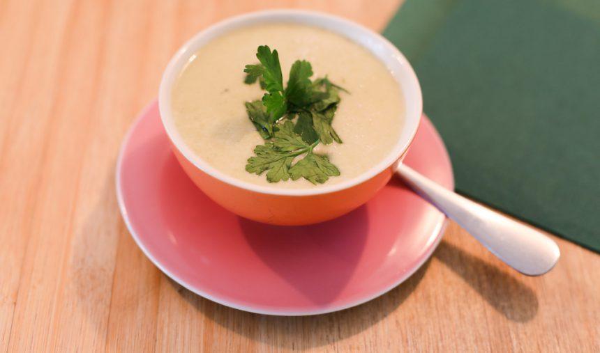 Vegan bloemkoolsoep recept restaurant loff