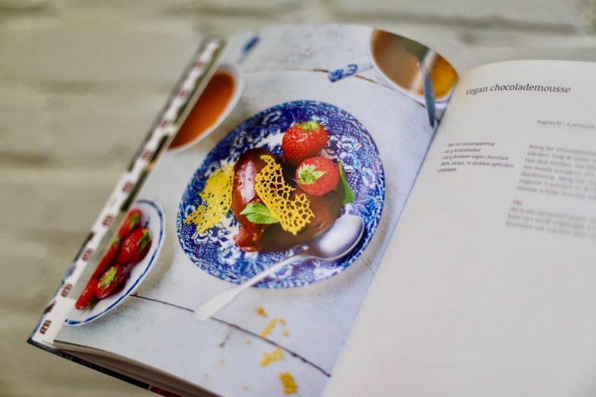 De landgoedkeuken kookboek Mariënwaerdt vegan chocolademousse puuruiteten winactie