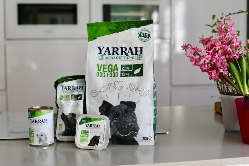 Vegetarisch hondenvoer Yarrah biologisch
